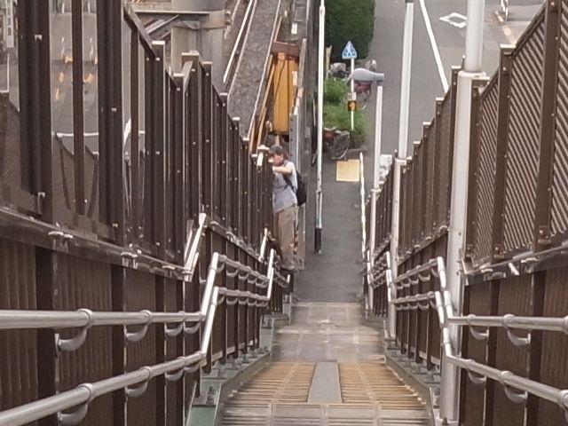 上中里駅歩道橋