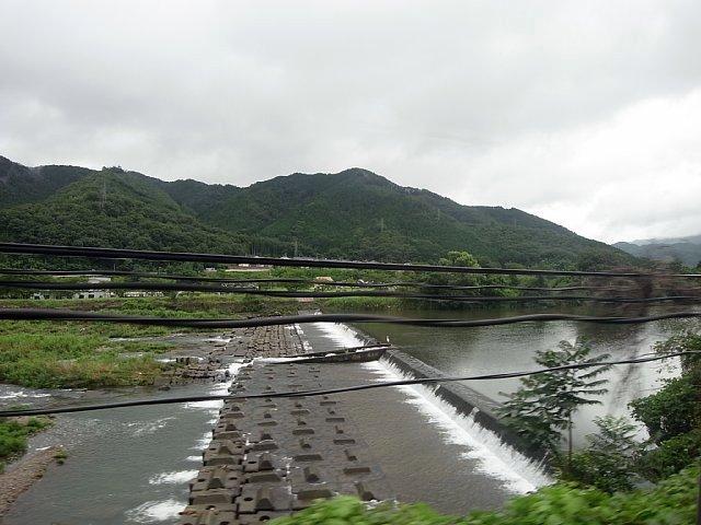 円山川の堰