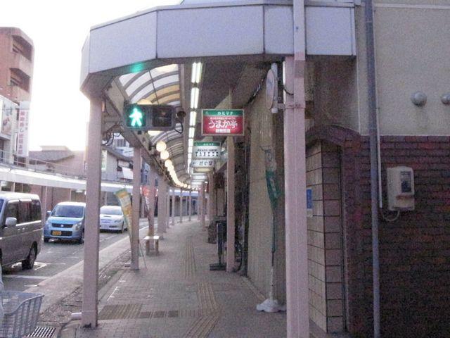 歩行者用信号が横配置  (新潟県村上市)