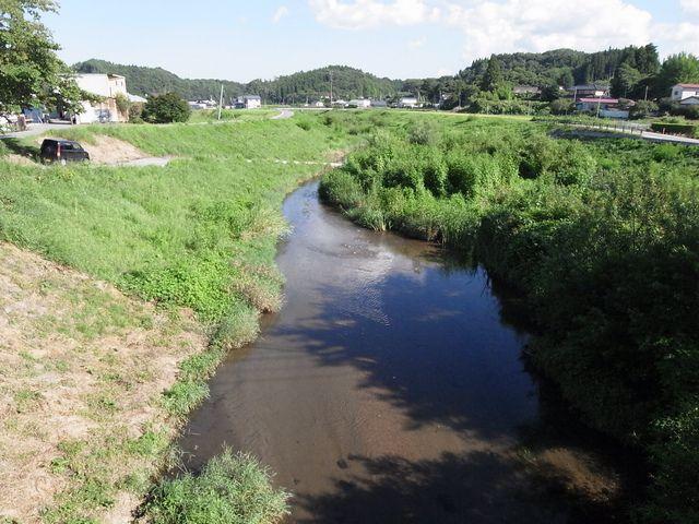 右支夏井《うしなつい》川 (福島県小野町)