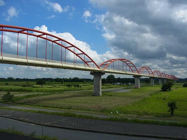 荒川水道橋