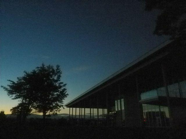 伝国の杜の朝