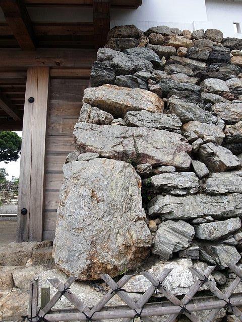 浜松城 鏡石