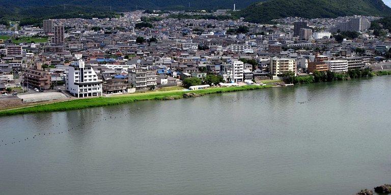 犬山城 天守最上階からの木曽川 2017 年 8 月