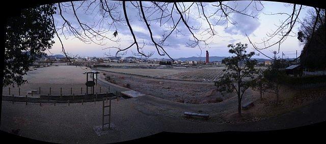 蛙ヶ鼻築堤跡から芦森川方向を見る