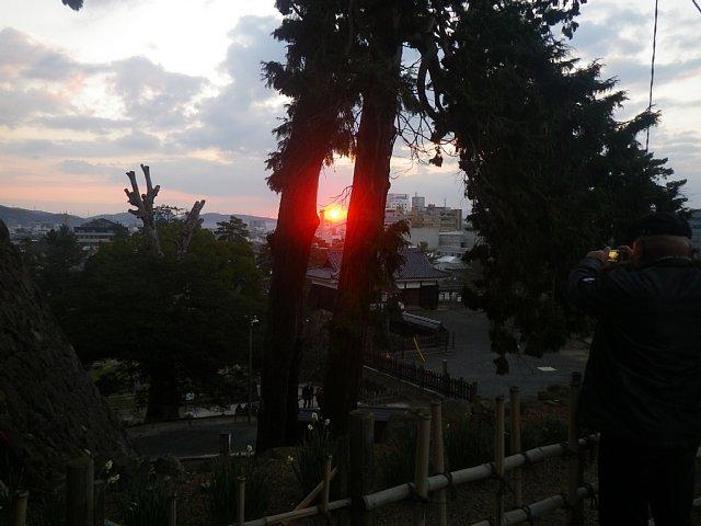 松江城 初日