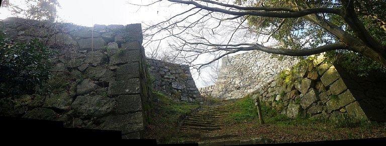 米子城 番所跡付近の石垣