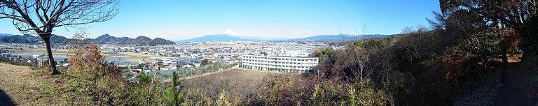 韮山城址 二の丸から北西