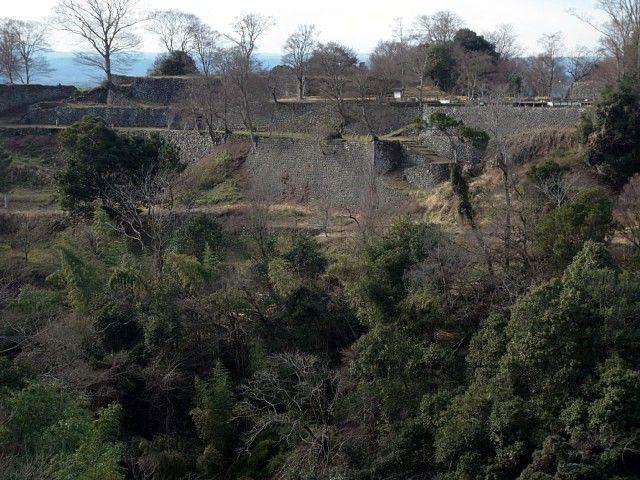 豊後 岡城 本丸から西の丸を眺める
