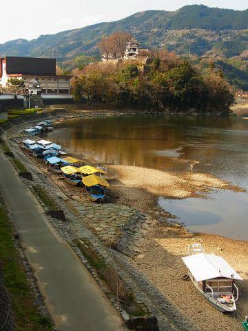 大洲城と肱川