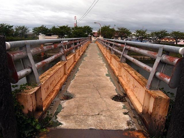 三郷放水路 二郷半歩道橋