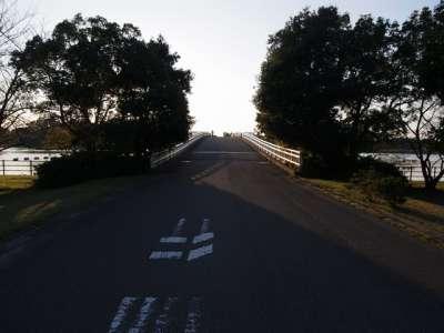 彩湖 管理橋
