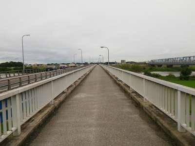 流山橋取付道路