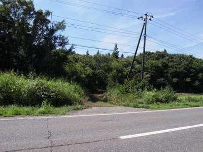農道に避難 (福島県会津若松)