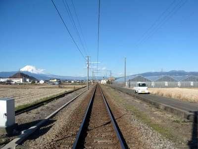 伊豆箱根鉄道駿豆線と富士山