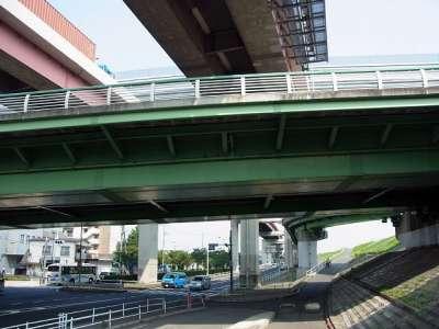 扇大橋と首都高の交差