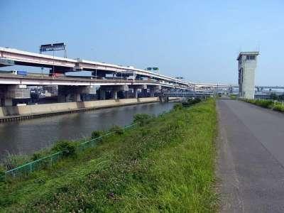 中川(左)