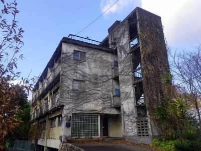 廃アパート 亀山市