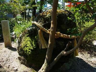 豊国神社  虎石