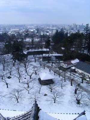 会津若松城 復元天守からの眺望 西北西