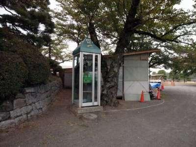 二本松城 電話ボックス