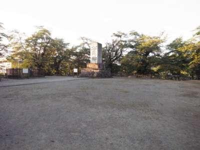 米沢城 招魂碑