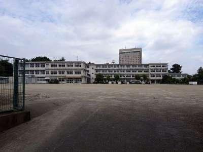 元城小学校(体育館が浜松城二の丸)