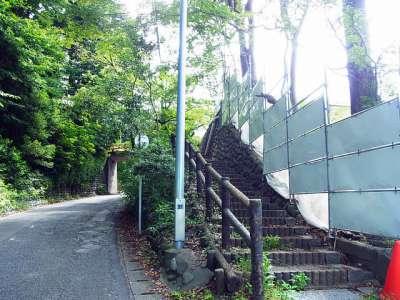 犬山城 かつての二の丸と三の丸のあいだの堀切