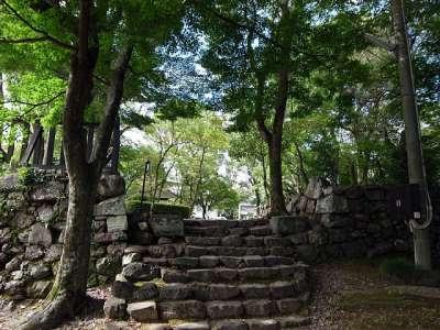 犬山城 七曲門跡 外枡形より見る 2017 年 8 月