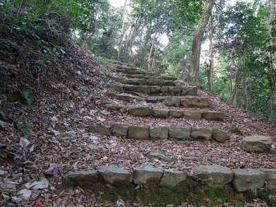 米子城 登山道