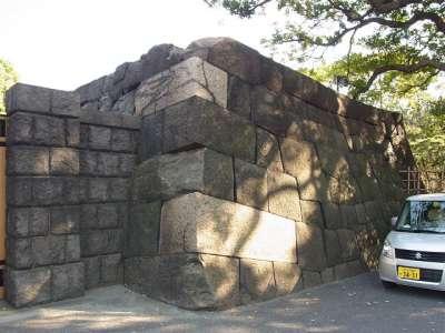 浜離宮 大手門の石垣