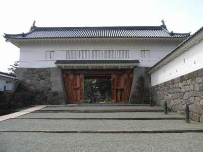 小田原城 模擬天守 銅門