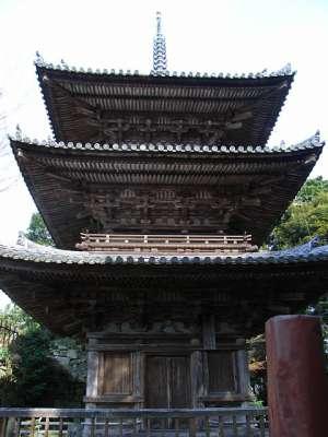 安土山 釃見寺三重塔