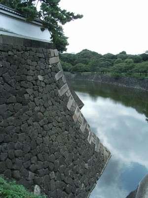 江戸城 石垣と濠
