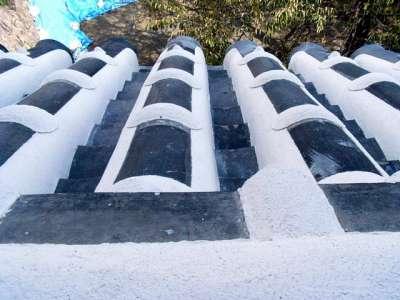 姫路城 西の丸屋根(漆喰目地止め)