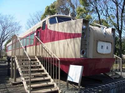 岩槻城址公園 東武鉄道特急車両