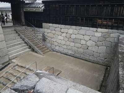 伊予松山城 二ノ門と一ノ門の間の枡形