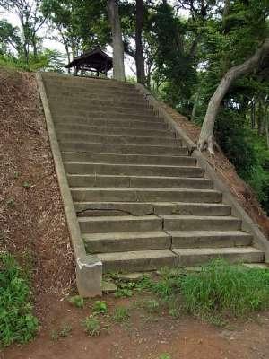 武蔵松山城 本丸への階段
