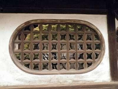 道後温泉 本館 又新殿 格子窓