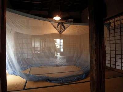 三鷹の水車農家 しんぐるま 蚊帳