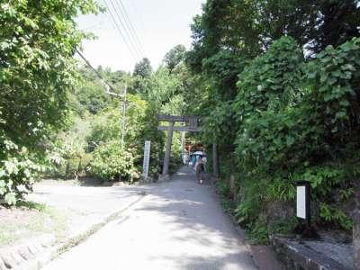 会津若松 飯盛山 厳島神社の前