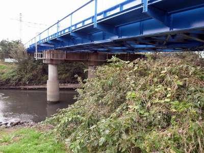 芝川にかかる武蔵野線の鉄橋