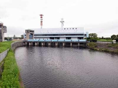 三郷放水路 三郷排水機場