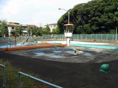 板橋区律こども動物園 プール?