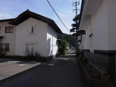 会津 松平家墓所の近く