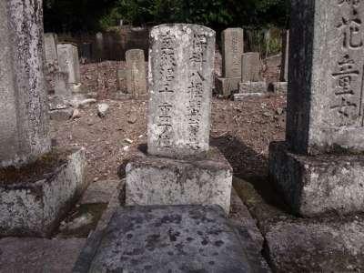 西郷頼母墓