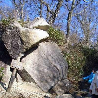 筑波山 ガマ石