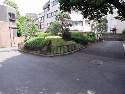 日本書堂美術館前